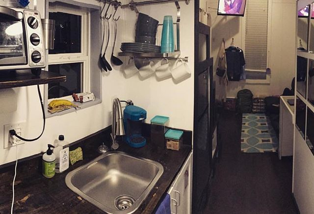 There's no shortage of amenities to make your stay extra cozy & fun! 📷: @nissancraig5 • #NashvilleTinyHouse