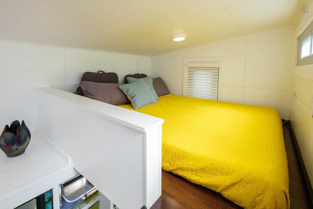 05 bed.jpg