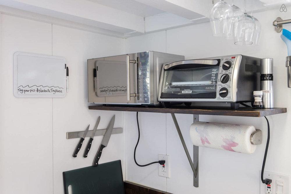 09 microwave.jpg