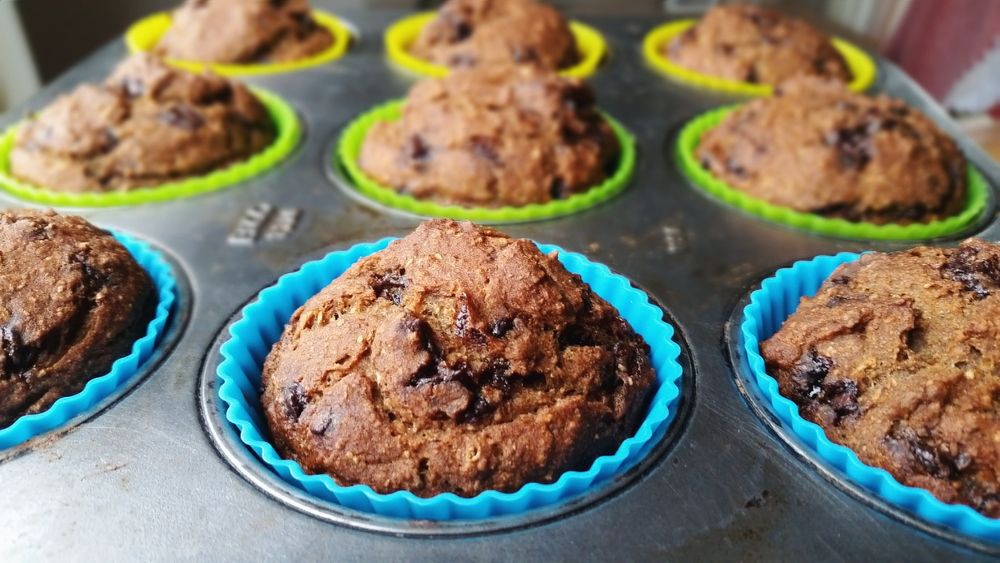vegan-banana-chocolate-blender-muffins