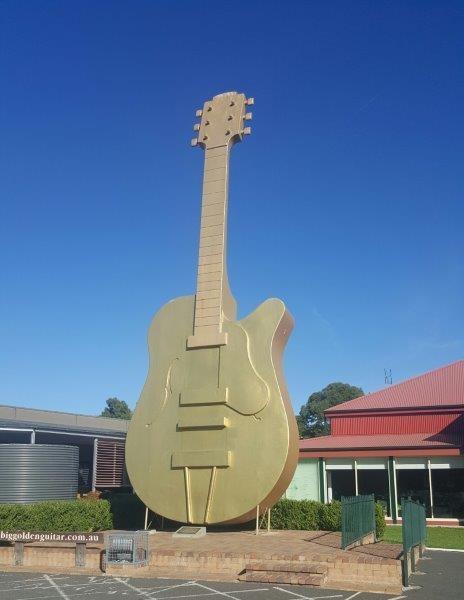Golden Guitar 200516 2.jpg