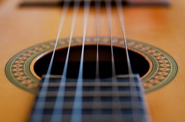 Repair Guitar 1.jpg