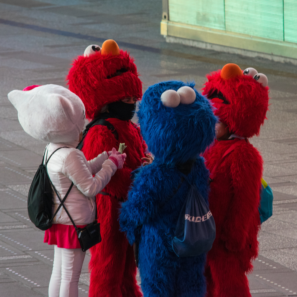 32 - Elmo Hustle 1.21.15.jpg