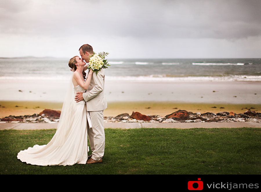 Yamba Wedding Photographer, Vicki James, Rainy Day Wedding,