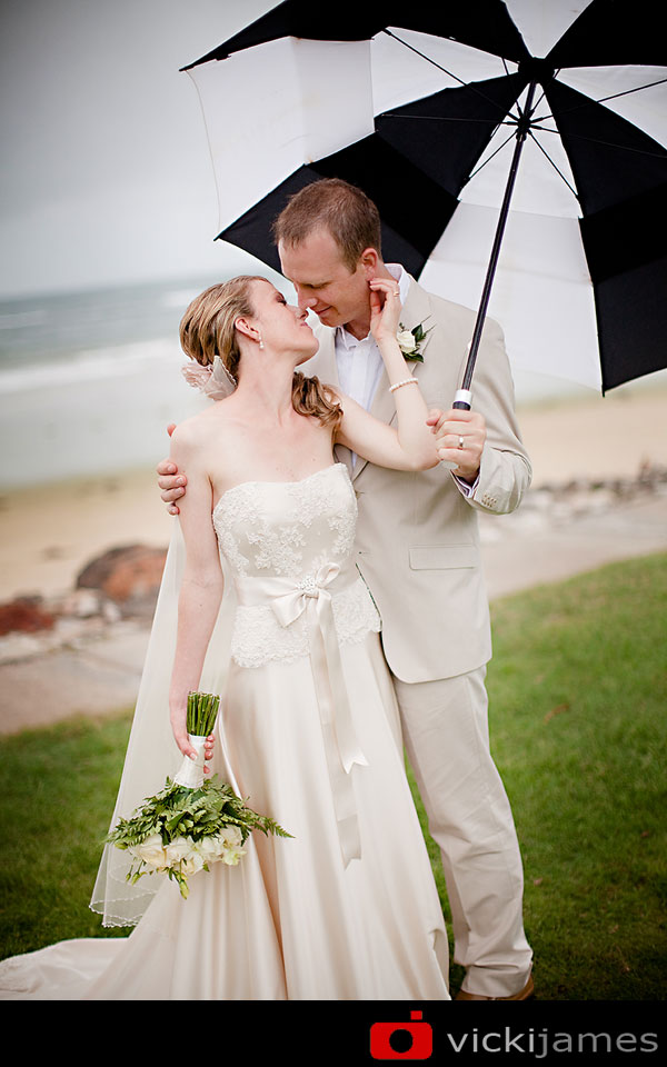 Yamba Wedding Photographer, Vicki James, Rainy Day Wedding, Umbrella