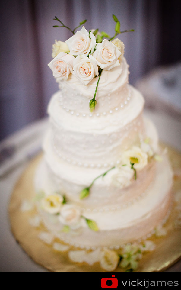 Yamba Wedding Photographer, Wedding Cake