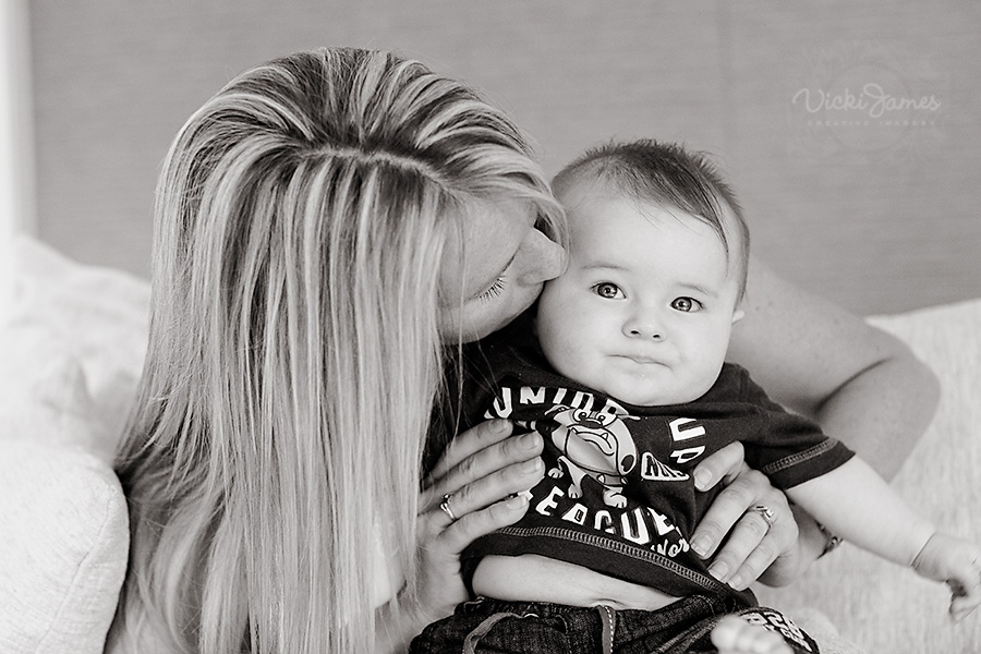 Vicki James, Yamba Family Photographer. Photos taken on location or in studio