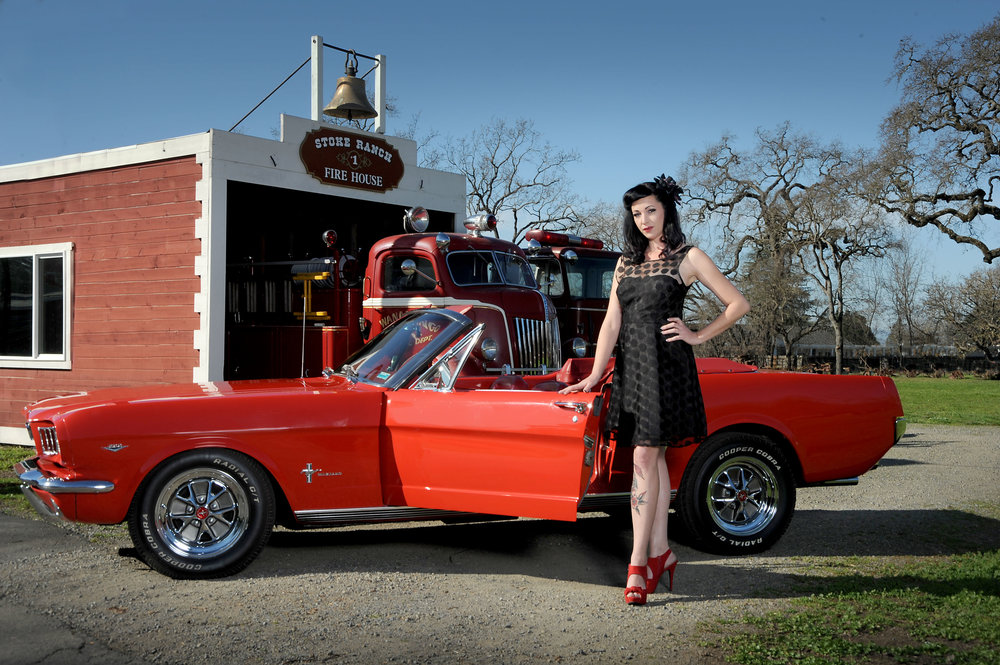 Billie Jean  Potential  Photo Richard Small  Billie Jean is a pinup living a modern vintage lifestyle with a touch of country. She takes pride in the kustom hotrod community, her friends, family and working amongst the vineyards.