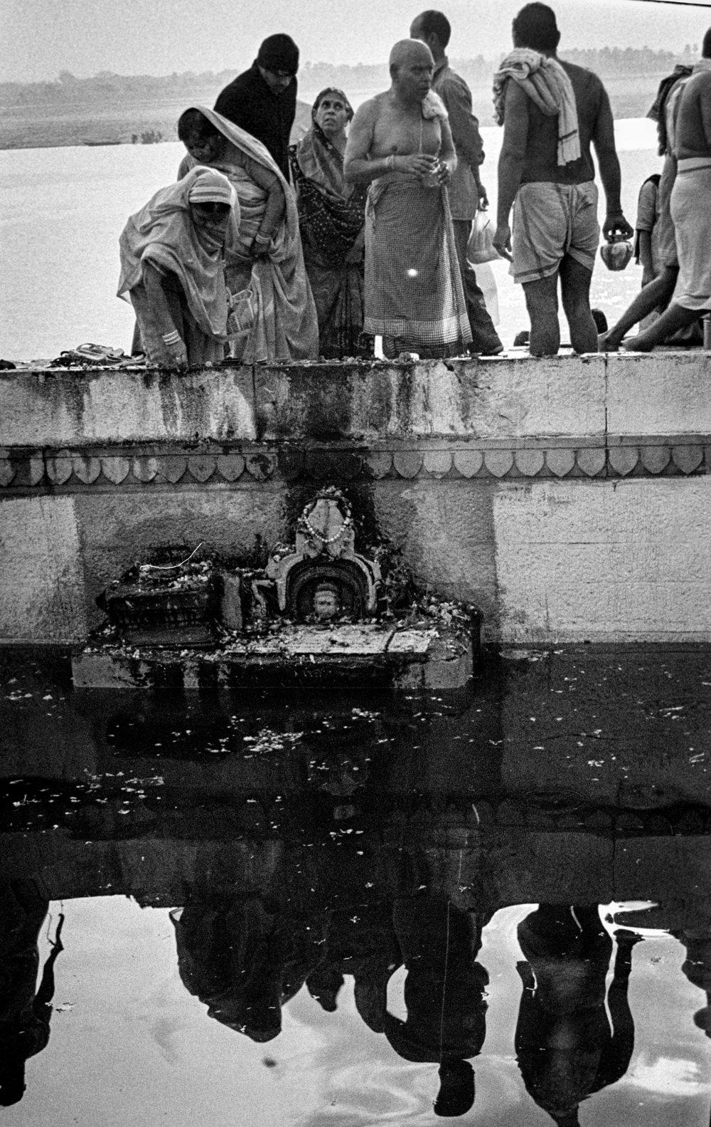 V44  Varanasi-35mm film