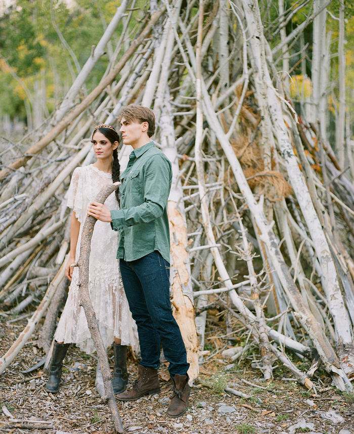 gaby j photography woodland couples session 16