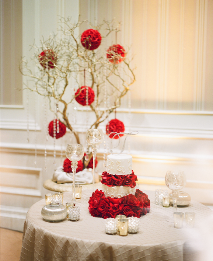 red roses inspired wedding_20