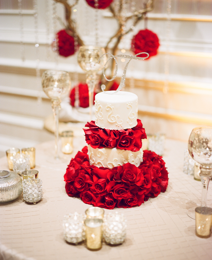 red roses inspired wedding_21