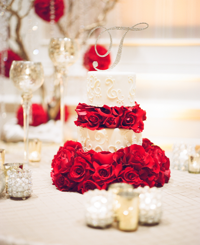 red roses inspired wedding_24