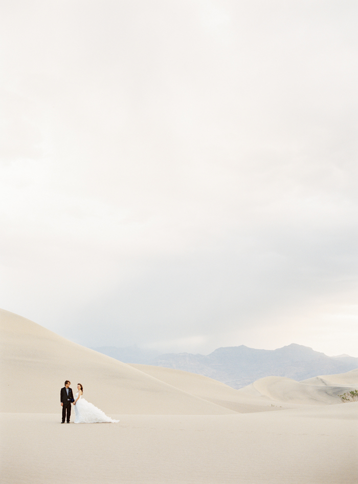 death valley sand dunes wedding photo 1