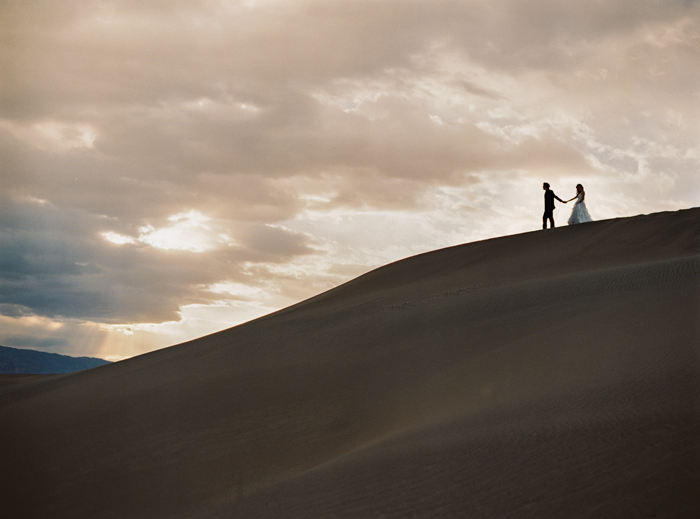 death valley sand dunes wedding photo 10