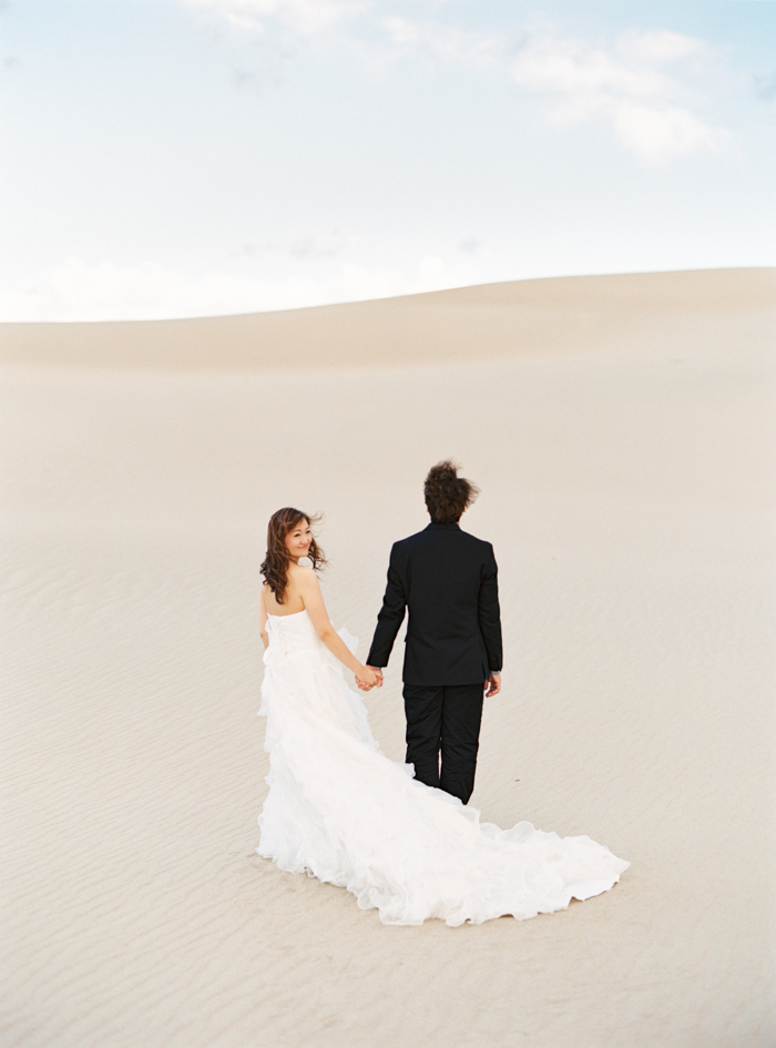 death valley sand dunes wedding photo 20