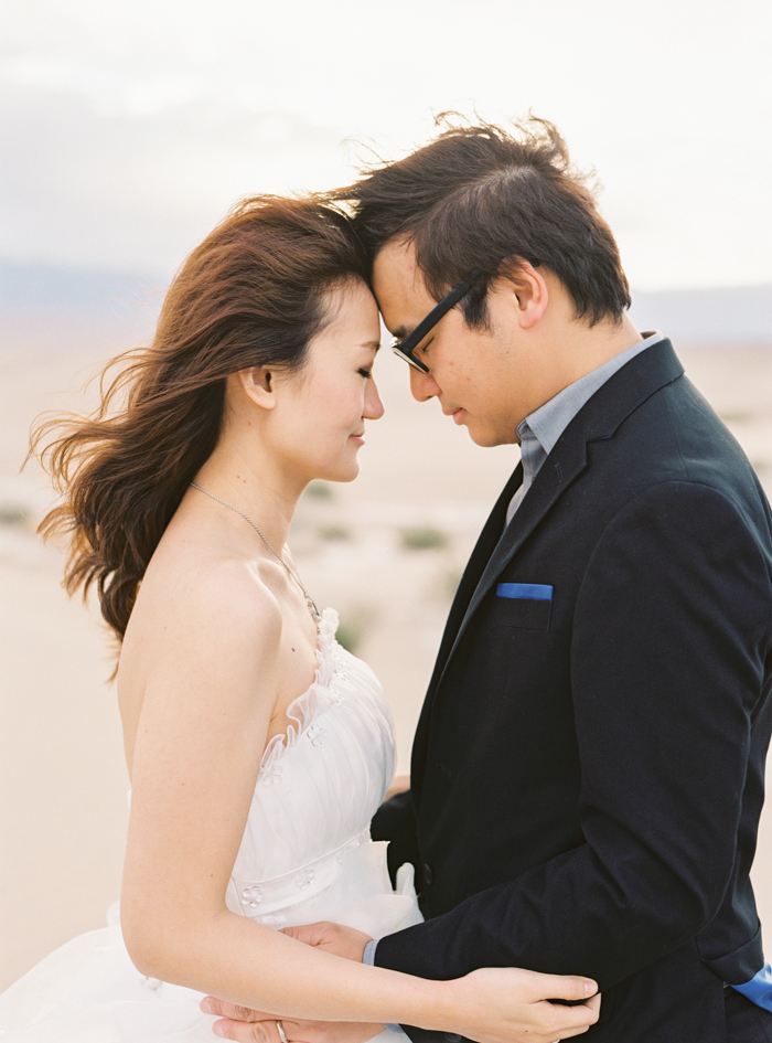 death valley sand dunes wedding photo 22