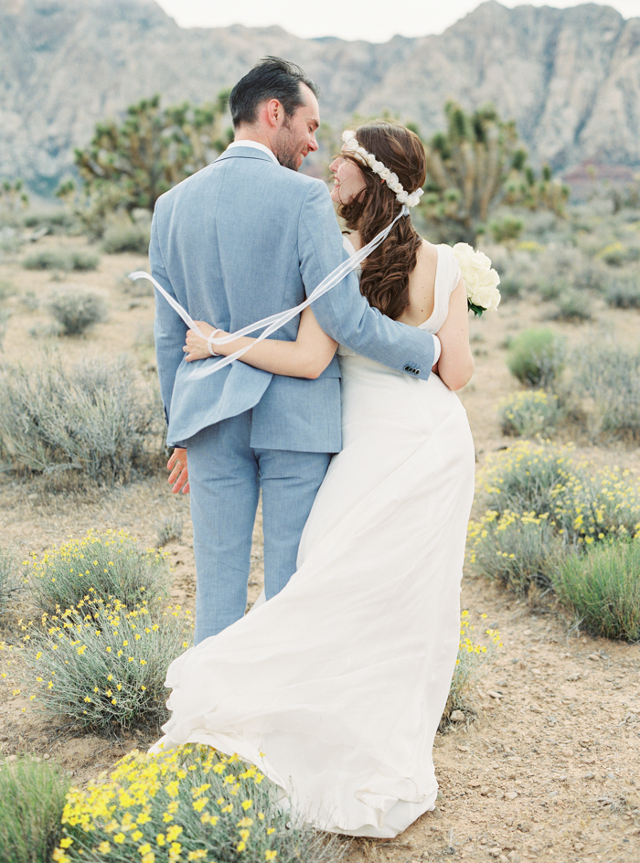 las vegas red rock desert wedding photo wildflowers