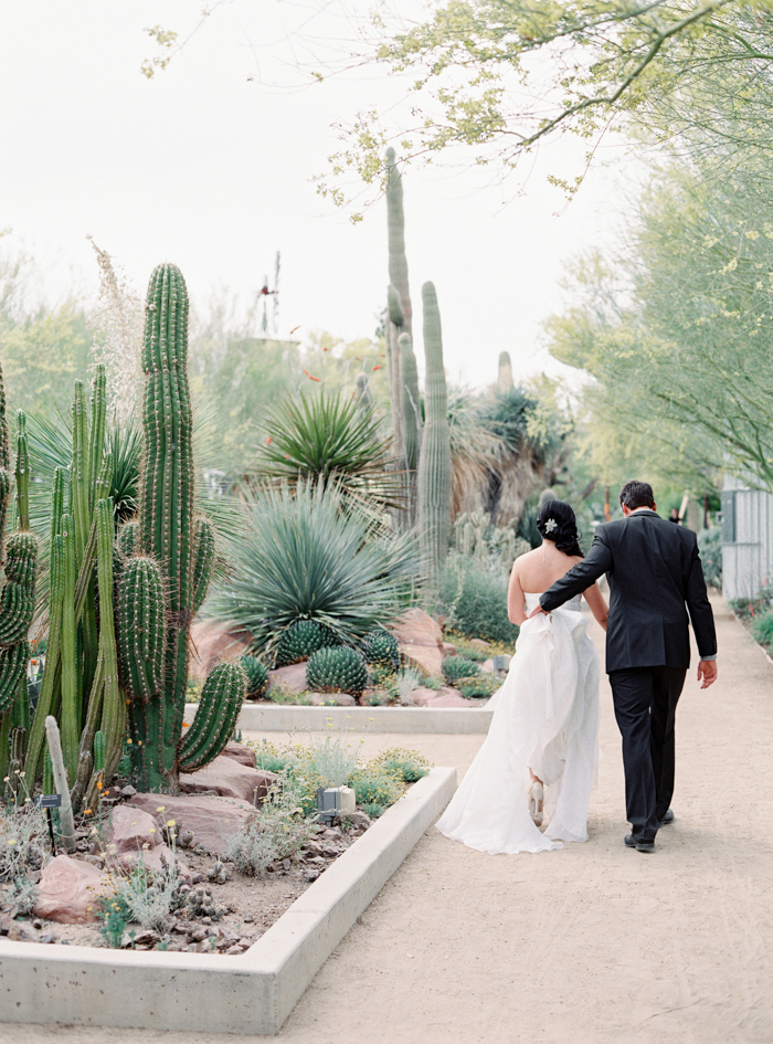 outdoor las vegas wedding ceremony location
