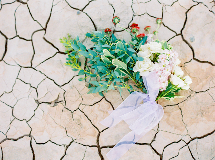 flora pop las vegas wedding florist desert inspired