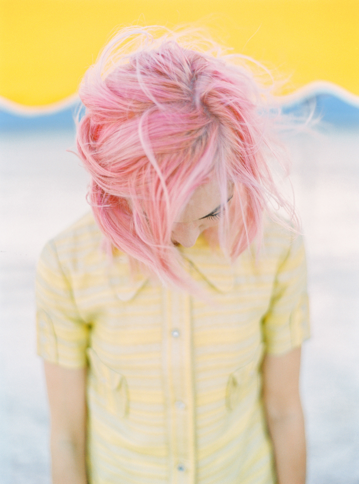 flora pop las vegas wedding florist pink hair