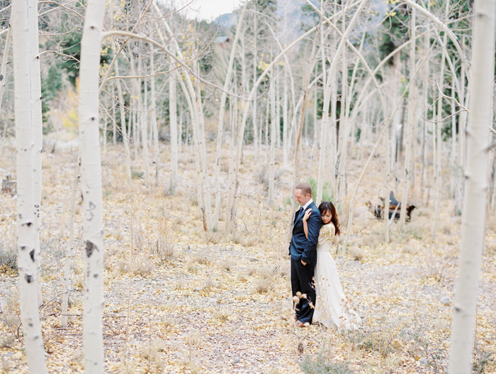 romantic vegas woods engagement photo