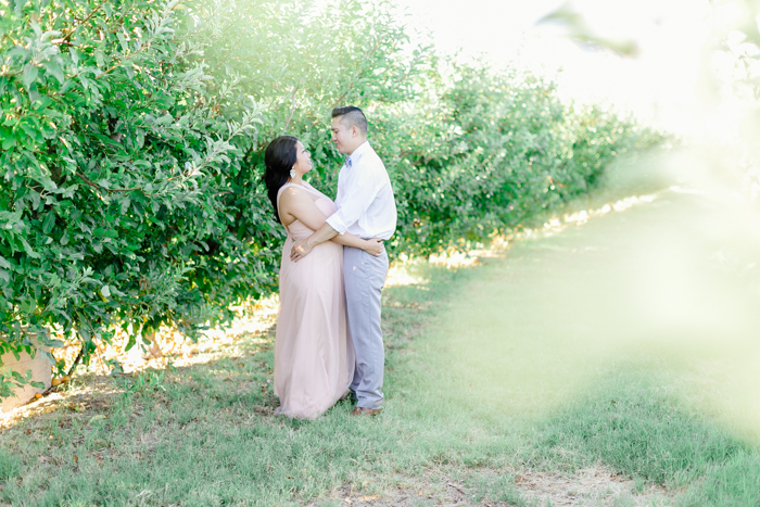 las vegas gilcrease orchard engagement photo 11