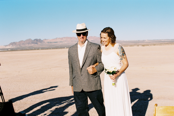 intimate indie desert vegas wedding photo 5