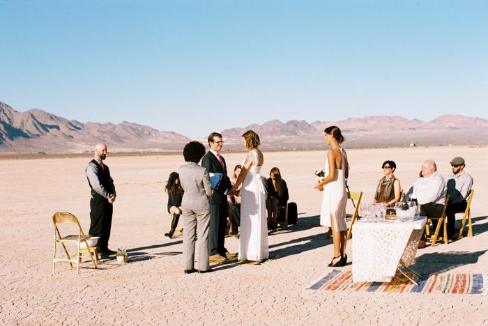 intimate indie desert vegas wedding photo 7