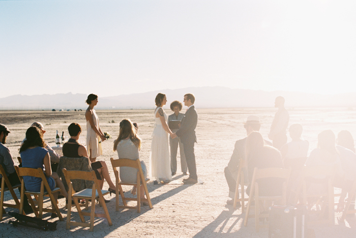 intimate indie desert vegas wedding photo 16