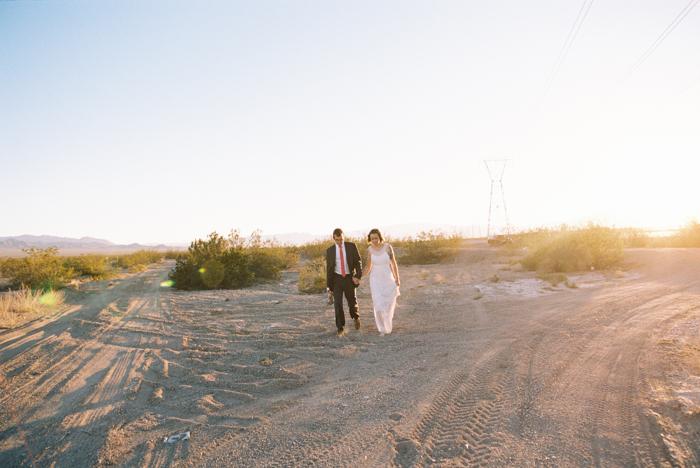 intimate indie desert vegas wedding photo 47