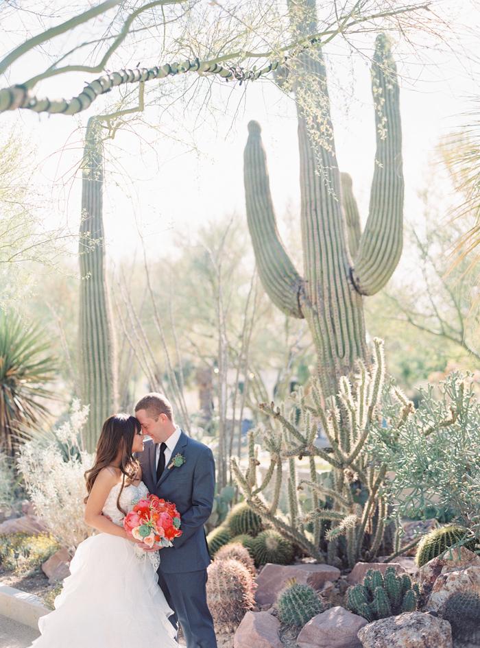romantic desert arboretum vegas wedding photo 1