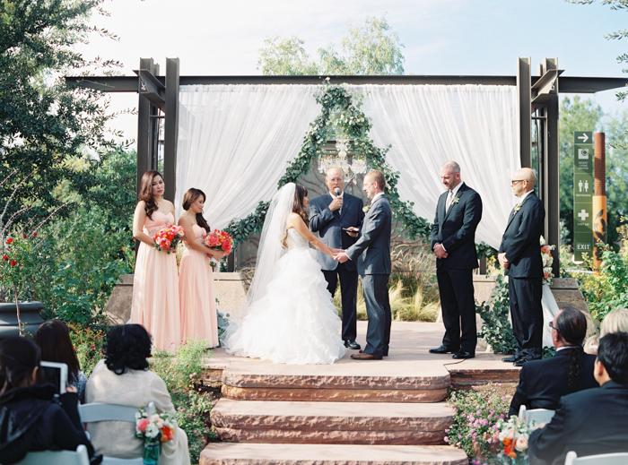 romantic desert arboretum vegas wedding photo Springs Preserve