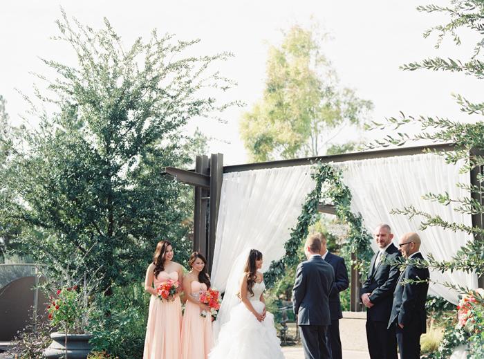 romantic desert arboretum vegas wedding photo 30