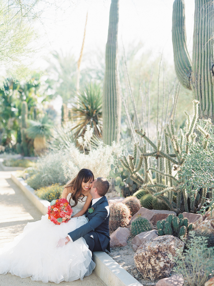 romantic desert arboretum vegas wedding photo 34