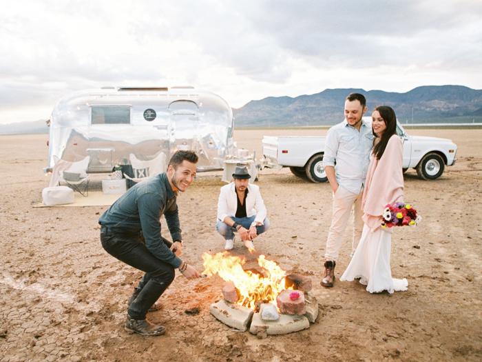 las vegas flora pop silver trailer desert wedding photo 31