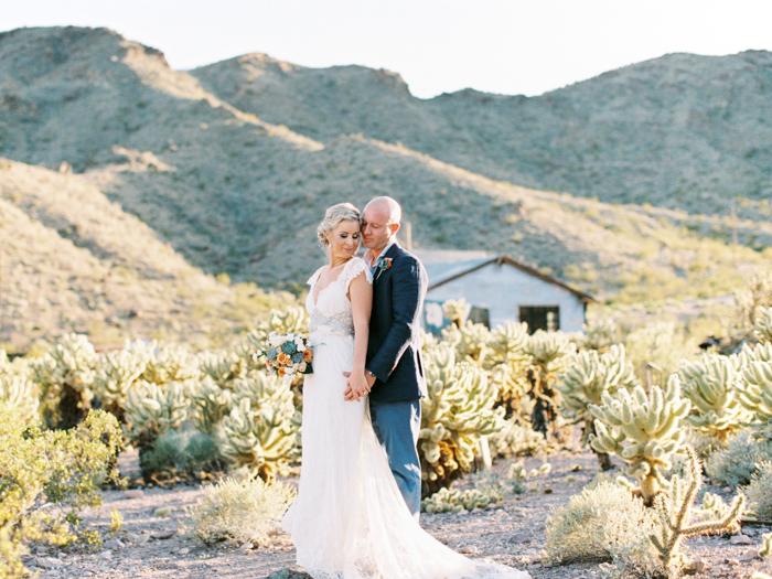 las vegas desert destination wedding photo