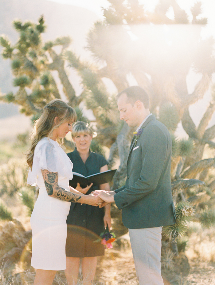 nevada desert elopement photo 3.jpg