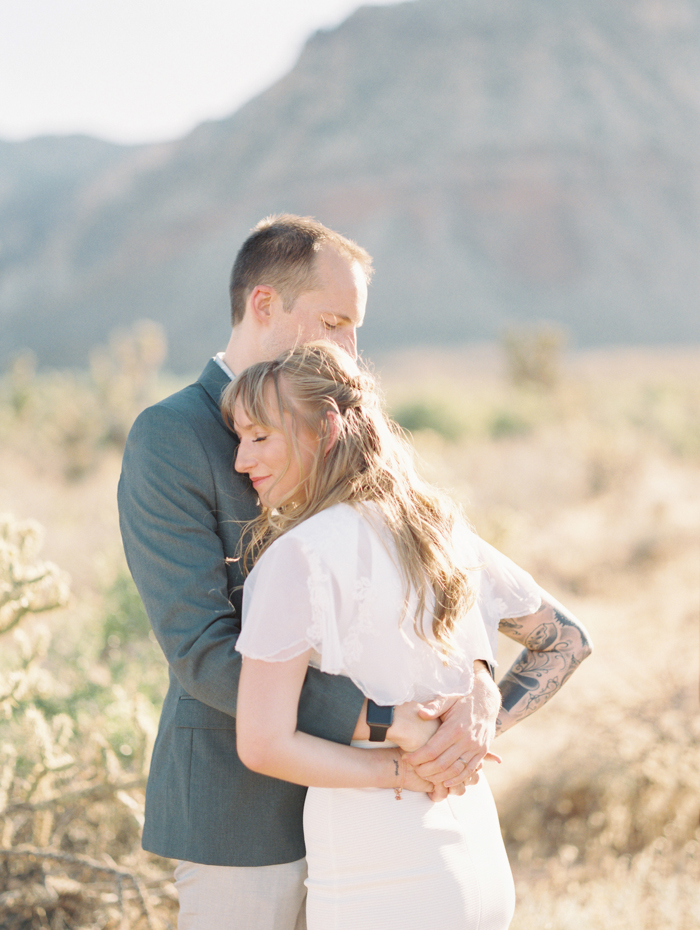 nevada desert elopement photo 9.jpg