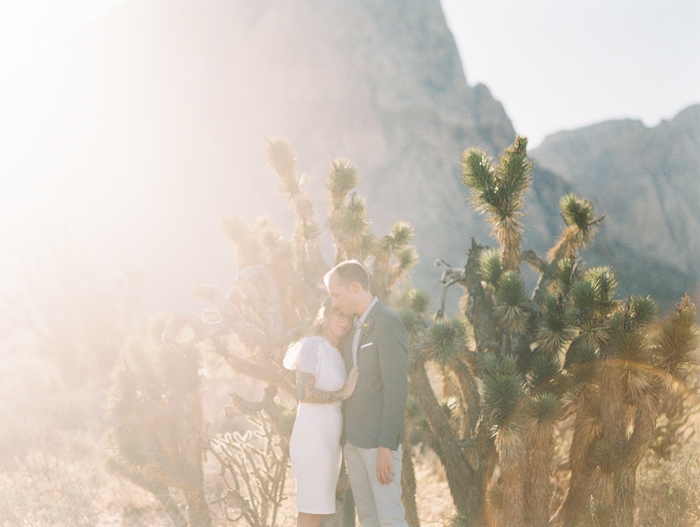 nevada desert elopement photo 20.jpg