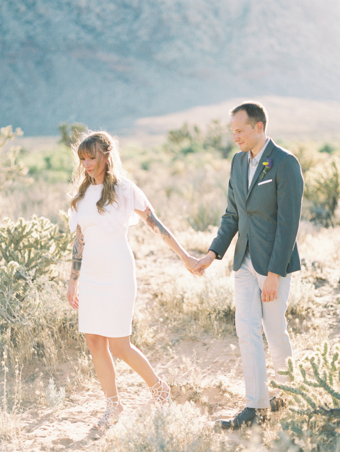 nevada desert elopement photo 19.jpg