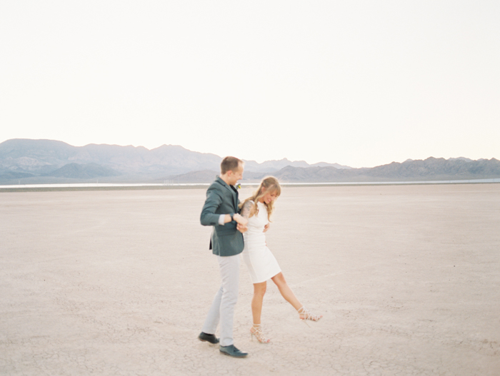 nevada desert elopement photo 38.jpg