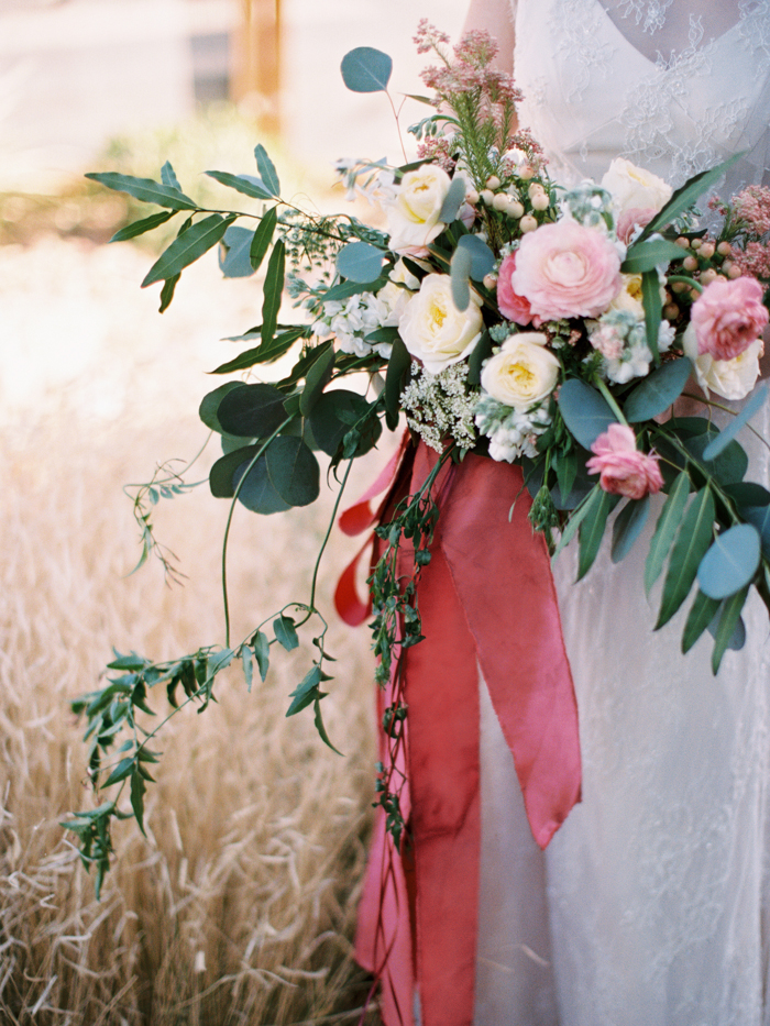 anthropologie floral inspired las vegas wedding 28.jpg
