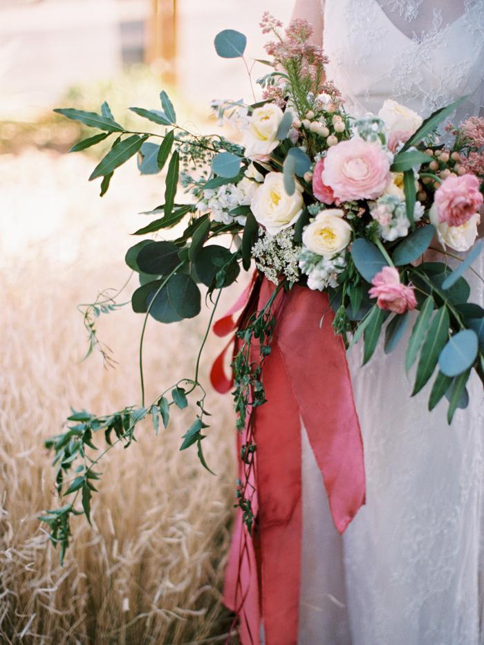anthropologie floral inspired las vegas wedding 28.jpg