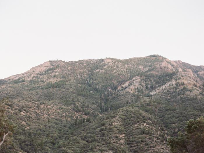 intimate mountainside wedding in las vegas 15.jpg