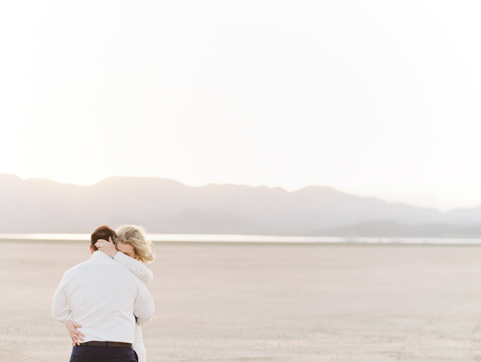 las vegas outdoors elopement photo 1.jpg