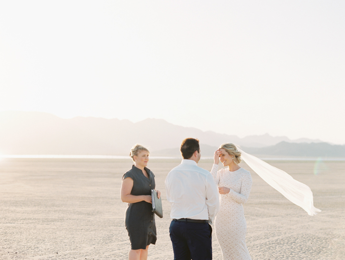 las vegas outdoors elopement photo 18.jpg
