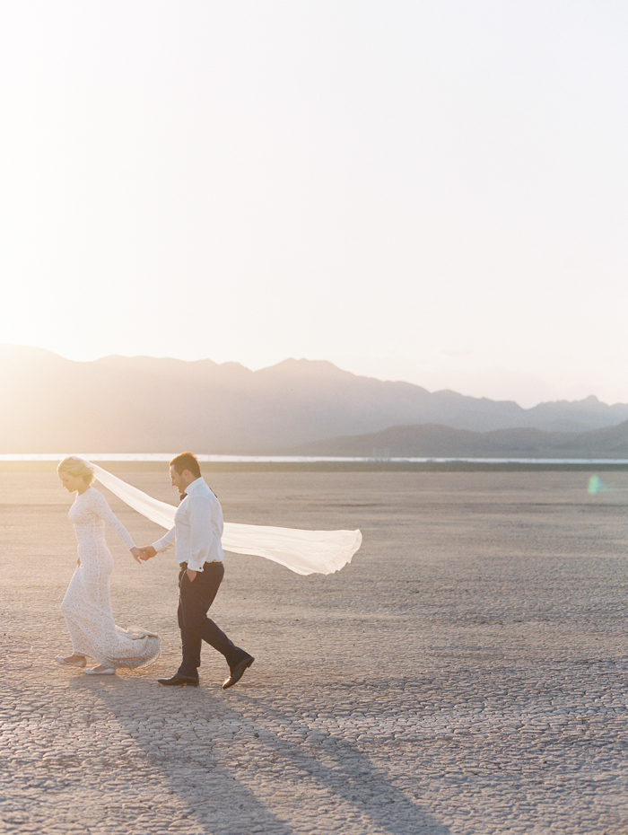 las vegas outdoors elopement photo 31.jpg