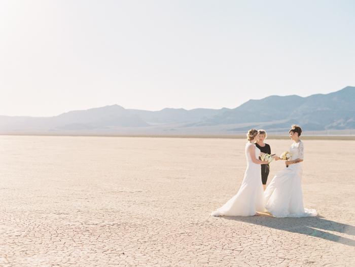 romantic eldorado dry lake bed elopement | las vegas elopement photographer| gaby j photography | same sex desert elopement inspiration | peachy keen unions