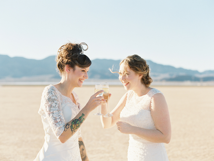 romantic eldorado dry lake bed elopement | las vegas elopement photographer| gaby j photography | same sex desert elopement inspiration | champagne